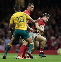 Wales' Steffan Evans under pressure from  Australia's Kurtley Beale<br /> <br /> Photographer Simon King/CameraSport<br /> <br /> International Rugby Union - 2017 Under Armour Series Autumn Internationals - Wales v Australia - Saturday 11th November 2017 - Principality Stadium - Cardiff<br /> <br /> World Copyright &copy; 2017 CameraSport. All rights reserved. 43 Linden Ave. Countesthorpe. Leicester. England. LE8 5PG - Tel: +44 (0) 116 277 4147 - admin@camerasport.com - www.camerasport.com