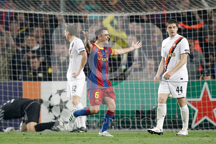 Barcelona's Xavi Hernandez goal during Champions League match on April, 6th 2011...Photo: Cesar Cebolla / ALFAQUI
