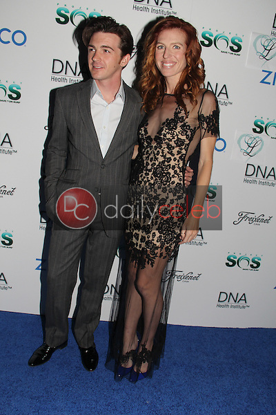 Drake Bell, Tanna Frederick<br />