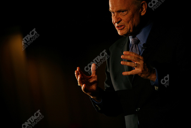 Former Senator Fred Thompson (R - TN), 2008 Republican candidate for President, addresses supporters at the Greenville Marriot. Greenville, South Carolina, September 10, 2007.