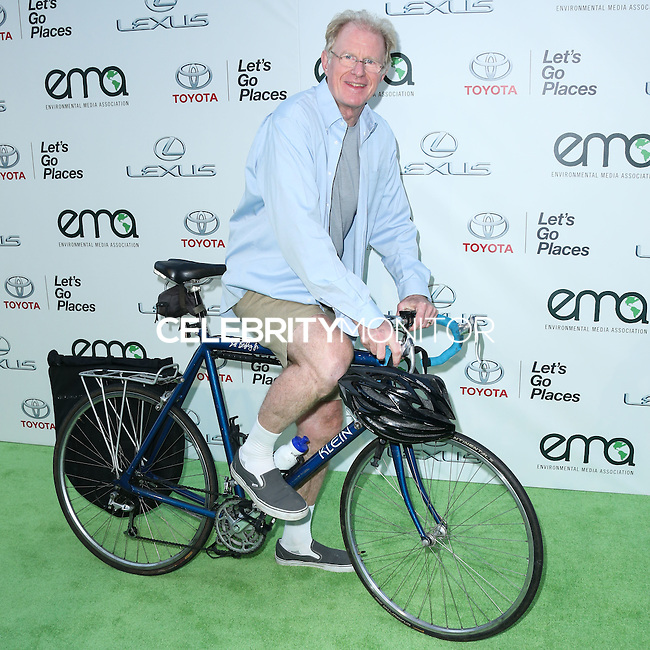 BURBANK, CA, USA - OCTOBER 18: Ed Begley Jr. arrives at the 2014 Environmental Media Awards held at Warner Bros. Studios on October 18, 2014 in Burbank, California, United States. (Photo by Xavier Collin/Celebrity Monitor)