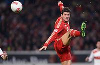 FUSSBALL   1. BUNDESLIGA  SAISON 2012/2013   19. Spieltag   VfB Stuttgart  - FC Bayern Muenchen      27.01.2013 Mario Gomez (FC Bayern Muenchen) mit Ball
