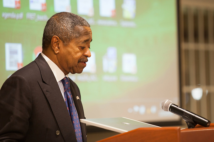 President Roderick McDavis gives opening remarks at the MCB Retreat and Banquet in Nelson Commons on Saturday, November 14, 2015. Photo by Kaitlin Owens
