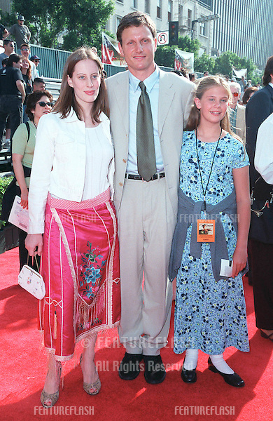 "12JUN99: Actor TONY GOLDWYN & family at the world premiere in Hollywood of Disney's latest animated movie ""Tarzan"". .Goldwyn plays the voice of ""Tarzan"" in the movie..© Paul Smith/Featureflash"