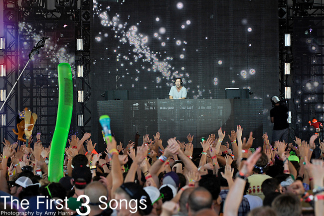 Kaskade (real name Ryan Raddon) performs at Hangout Music Fest in Gulf Shores, Alabama on May 19, 2012.
