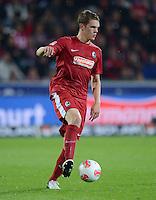 FUSSBALL   1. BUNDESLIGA   SAISON 2012/2013  5. SPIELTAG  26.09.2012 SC Freiburg - SV Werder Bremen Matthias Ginther (SC Freiburg) am Ball
