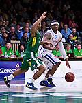 Södertälje 2013-02-23 Basket Basketligan , Södertälje Kings - Sundsvall Dragons :  .Sundsvall 15 Michael Cuffee i aktion.(Byline: Foto: Kenta Jönsson) Nyckelord: