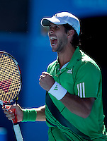 Fernando Verdasco (ESP) (9) against Nikolay Davydenko (RUS) (6) in the Fourth Round of the Mens Singles, Davydenko beat Verdasco 6-2 7-5 4-6 6-7 6-3..International Tennis - Australian Open Tennis - Monday 25 Jan 2010 - Melbourne Park - Melbourne - Australia ..© Frey - AMN Images, 1st Floor, Barry House, 20-22 Worple Road, London, SW19 4DH.Tel - +44 20 8947 0100.mfrey@advantagemedianet.com
