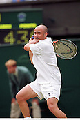 ANDRE AGASSI, Wimbledon Men's singles 000629 Photo: Glyn Kirk/Action Plus...2000.tennis.men's.man