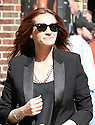 Actress Julia Roberts is seen arriving to the Late Show with David Letterman on Wednesday, May 13, 2015 in New York. (AP/Photo Donald Traill)