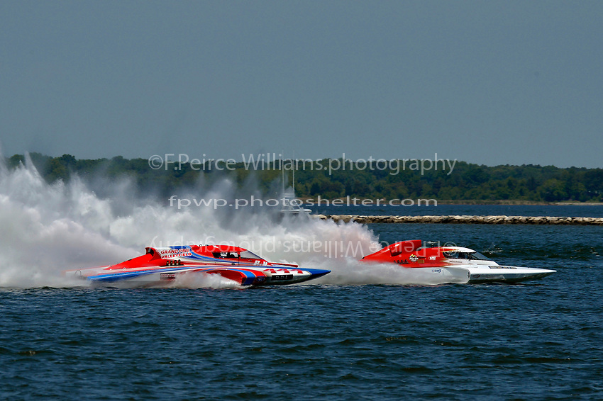 "Marc Theoret/Ghislain Marcoux, GP-444 ""GP Valleyfield"" and Ken Brodie II, GP-50 ""Intensity""          (Grand Prix Hydroplane(s)"