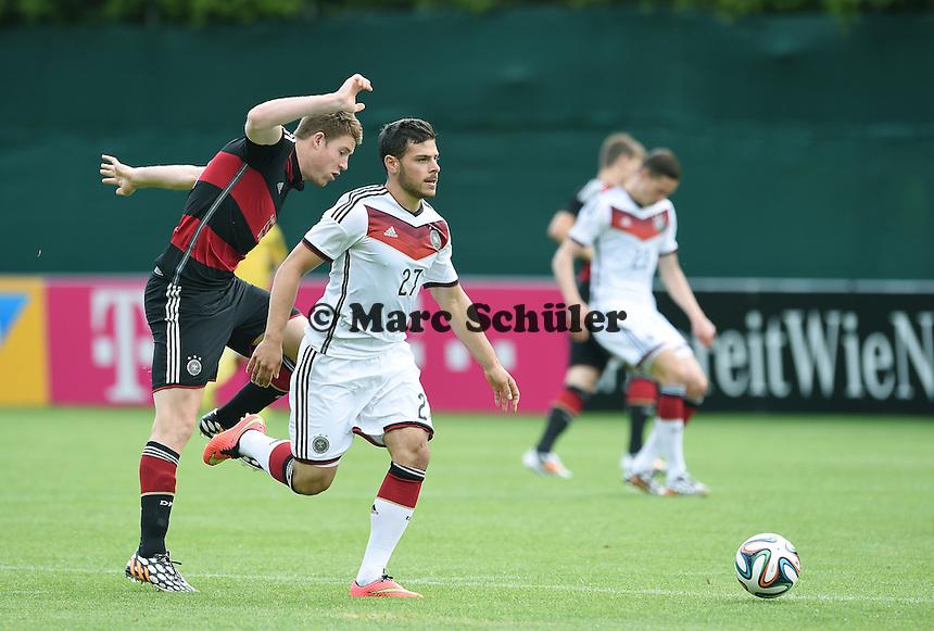 Zweikampf / Duell  Kevin VOLLAND (Deutschland) - Dominique HEINTZ (DFB U20). - Testspiel der Deutschen Nationalmannschaft gegen die U20 im Rahmen der WM-Vorbereitung in St. Martin