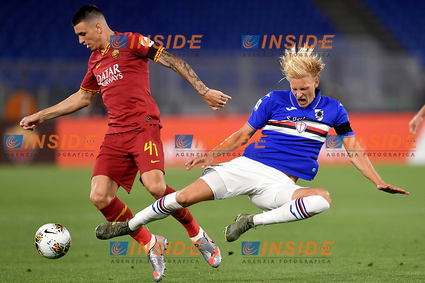 Ibanez of AS Roma and Morten Thorsby of UC Sampdoria compete for the ball during the Serie A football match between AS Roma and UC Sampdoria at Olimpico stadium in Rome ( Italy ), June 24th, 2020. Play resumes behind closed doors following the outbreak of the coronavirus disease. AS Roma won 2-1 over UC Sampdoria. <br /> Photo Andrea Staccioli / Insidefoto