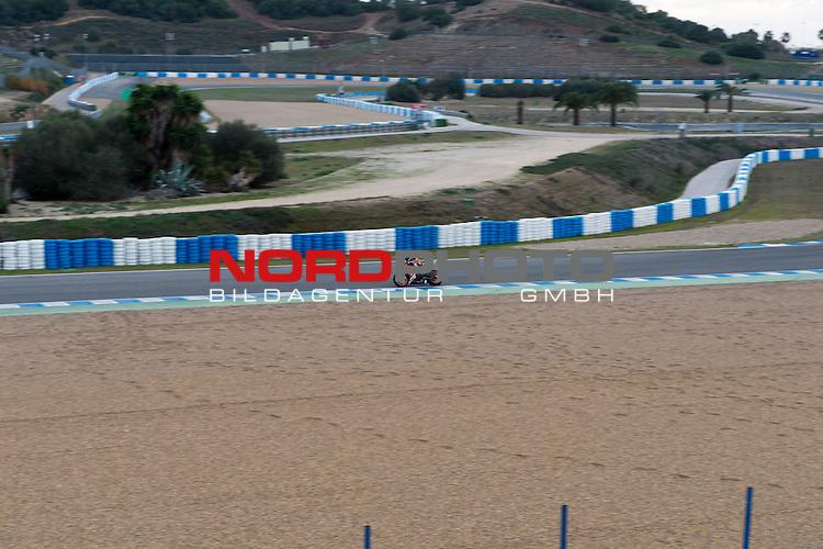 Circuito de Jerez, Jerez, ESP, Circuito de Jerez, Formel 1  10.01.2014, <br /> <br /> Teststrecke in Jerez (Spanien - Andalusien) Immer im Januar finden hier die Testfahrten der Formel 1 Fahrer statt.<br /> <br /> Teststrecke zur Zeit ist ein deutscher Motorrad <br /> Club auf der Strecke <br /> <br /> Foto &copy; nordphoto/ Kokenge