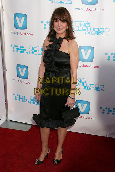 MARLO THOMAS.Hollywood Life Magazine's 8th Annual Young Hollywood Awards held at the Music Box at The Fonda, Hollywood, California, USA, 30 April 2006..full length black dress.Ref: ADM/RE.www.capitalpictures.com.sales@capitalpictures.com.©Russ Elliot/AdMedia/Capital Pictures.