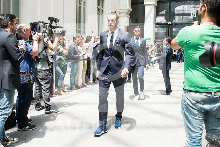 Real Madrid's Gareth Bale arrives to Crystal Gallery of the Palacio de Cibeles in Madrid, May 22, 2017. Spain.<br /> (ALTERPHOTOS/BorjaB.Hojas)