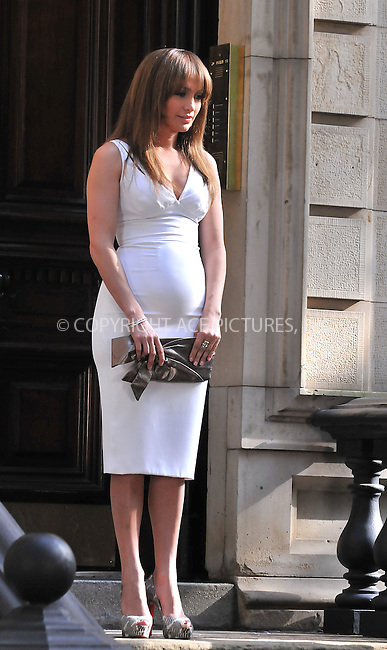 WWW.ACEPIXS.COM . . . . .  ....July 20 2009, New York City....Actress Jennifer Lopez on the West Village set of the new movie 'The back-up plan' on July 20 2009 in New York City....Please byline: AJ SOKLANER - ACE PICTURES.... *** ***..Ace Pictures, Inc:  ..tel: (212) 243 8787 or (646) 769 0430..e-mail: info@acepixs.com..web: http://www.acepixs.com