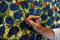 Rafael Rasillo Rodriguez,pittore spagnolo nel suo studio.Rafael Rasillo Rodriguez,spanish painter in his studio..Artisti a San Lorenzo , quartiere storico di Roma. Artist in San Lorenzo, historic district of Rome. ..