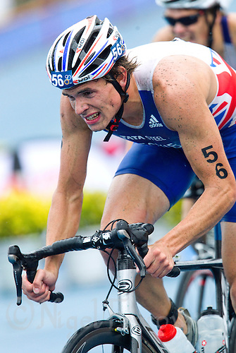 10 SEP 2011 - BEIJING, CHN - Todd Leckie (GBR) - 2011 Elite Mens ITU World Championship Series Grand Final Triathlon .(PHOTO (C) NIGEL FARROW)