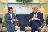 United States President Bill Clinton Meets with King Abdullah II of the Hashemite Kingdom of Jordan in The Oval Office at The White House in Washington, D.C. on October 12, 1999..Mandatory Credit:  David Scull / White House via CNP