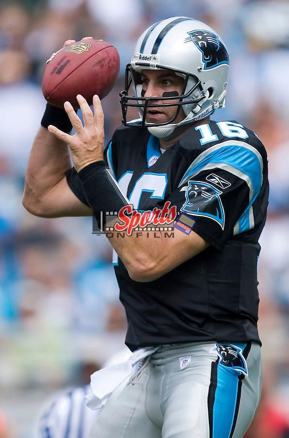 Carolina Panthers quarterback Vinny Testaverde (16) drops back to pass versus the Indianapolis Colts at Bank of America Stadium in Charlotte, NC, Sunday, October 28, 2007.
