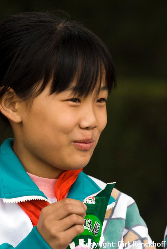 Schulkind im Sommerpalast (Yihe Yuan), Peking, China