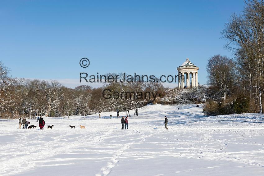 Deutschland, Bayern, Muenchen: Winter im Englischen Garten - Monopteros   Germany, Bavaria, Munich: winter at the English Garden - Monopteros