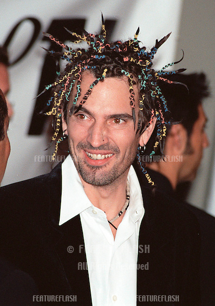 18SEP99: Rock star TOMMY LEE at PETA's Party of the Century, in Los Angeles. His (former) wife Pamela Anderson Lee was presented with the first Linda McCartney Memorial Award by Paul McCartney.     .© Paul Smith / Featureflash