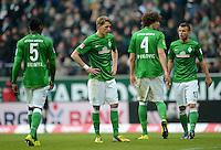 FUSSBALL   1. BUNDESLIGA   SAISON 2012/2013    26. SPIELTAG SV Werder Bremen - Greuther Fuerth                        16.03.2013 Assani Lukimya, Nils Petersen, Naldo und Lukas Schmitz (v.l., alle SV Werder Bremen) sind enttaeuscht