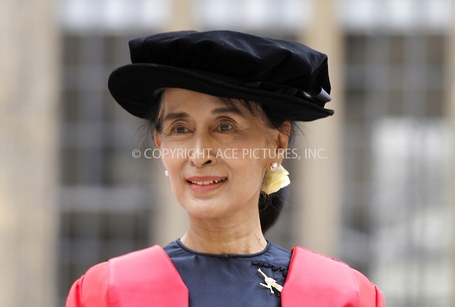 WWW.ACEPIXS.COM . . . . .  ..... . . . . US SALES ONLY . . . . .....June 20 2012, Oxford....Aung San Suu Kyi receiving her honorary degree at Oxford University on June 20 2012 in Oxford ....Please byline: FAMOUS-ACE PICTURES... . . . .  ....Ace Pictures, Inc:  ..Tel: (212) 243-8787..e-mail: info@acepixs.com..web: http://www.acepixs.com