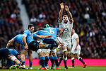 England's George Kruis tries to charge down Italy's Edoardo Gori - RBS 6 Nations - England vs Italy - Twickenham Stadium - London - 14/02/2015 - Pic Charlie Forgham-Bailey/Sportimage