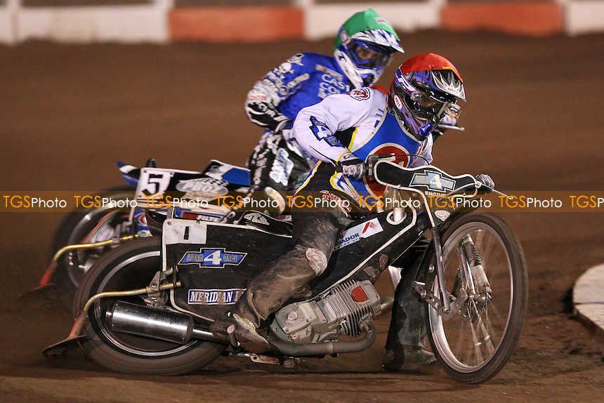 Heat 6: Chris Louis (red) guesting for Lakeside leads Chris Holder (green) of Poole - Lakeside Hammers vs Poole Pirates at The Arena Essex Raceway, Lakeside - 11/04/08 - MANDATORY CREDIT: Rob Newell/TGSPHOTO