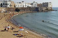 - Puglia, Gallipoli, la spiaggia sotto la citt&agrave; vecchia<br /> <br /> - the beach under the ancient city