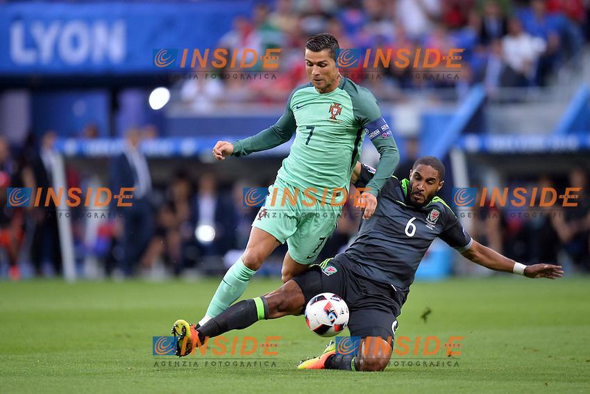 Cristiano Ronaldo (por) - Ashley Williams (gal)<br /> Lyon 06-07-2016 Stade de Lyon Football Euro2016 Portugal - Wales / Portogallo - Galles Semi-finals / Semifinali <br /> Foto Anthony BIBARD Panoramic / Insidefoto