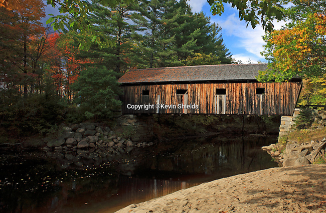 Lovejoy Bridge (1868) over the Ellis River in South Andover, Maine, USA