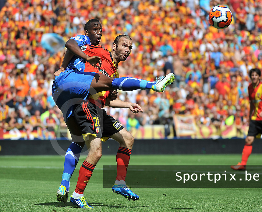 RC Lens - AJ Auxerre : Willy Boly (left) and Danijel Ljuboja (right)<br /> foto David Catry / nikonpro.be