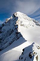 CHE, Schweiz, Kanton Bern, Berner Oberland, Grindelwald: Blick vom Jungfraujoch - Top of Europe - auf den Moench 4.107 m   CHE, Switzerland, Bern Canton, Bernese Oberland, Grindelwald: view from Jungfraujoch - Top of Europe - at Moench mountain 13.475 ft.