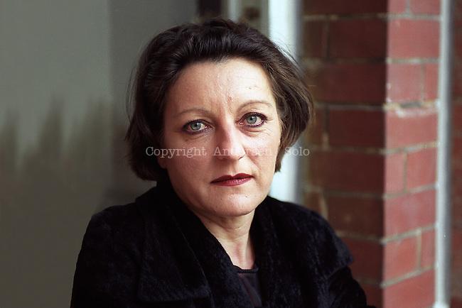 Herta Müller at home in Berlin, 2001.