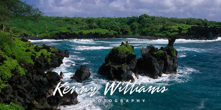 Rocky Islets and Coastline, Waianapanapa State Park, Hana, Maui, Hawaii, USA.