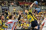Rhein Neckar Loewe Patrick Groetzki (Nr.24) beim Wurf beim Spiel in der Handball Bundesliga, Rhein Neckar Loewen - HSG Wetzlar.<br /> <br /> Foto &copy; PIX-Sportfotos *** Foto ist honorarpflichtig! *** Auf Anfrage in hoeherer Qualitaet/Aufloesung. Belegexemplar erbeten. Veroeffentlichung ausschliesslich fuer journalistisch-publizistische Zwecke. For editorial use only.
