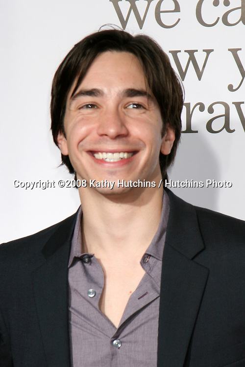 "Justin Long arriving at the ""Zach & Miri Make a Porno"" premiere  at Grauman's Chinese Theater in Hollywood, CA on.October 20, 2008.©2008 Kathy Hutchins / Hutchins Photo...                ."