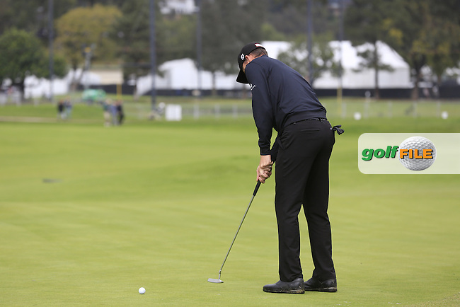 Jimmy Walker (USA) putts on the 10th green during Saturday's rain delayed Round 2 of the 2017 Genesis Open held at The Riviera Country Club, Los Angeles, California, USA. 18th February 2017.<br /> Picture: Eoin Clarke | Golffile<br /> <br /> <br /> All photos usage must carry mandatory copyright credit (&copy; Golffile | Eoin Clarke)