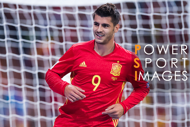 Alvaro Morata of Spain celebrates after scoring his goal during their 2018 FIFA World Cup Russia Final Qualification Round 1 Group G match between Spain and Italy on 02 September 2017, at Santiago Bernabeu Stadium, in Madrid, Spain. Photo by Diego Gonzalez / Power Sport Images