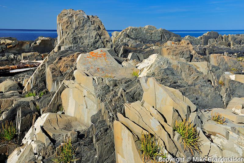 Rocky coastline along the Gulf of St. Lawrence<br /> Pointe-A-La_Fregate<br /> Quebec<br /> Canada