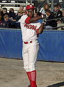 June 19, 2004:  Sean Gamble of the Batavia Muckdogs, Short-Season Single-A affiliate of the Philadelphia Phillies, during a game at Dwyer Stadium in Batavia, NY.  Photo by:  Mike Janes/Four Seam Images