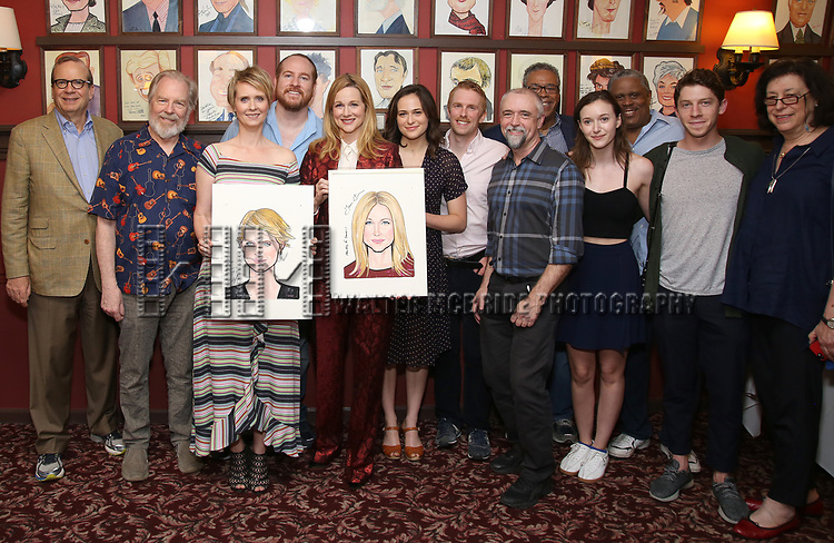 Barry Grove, Michael McKean, Cynthia Nixon, Laura Linney, Francesca Carpanini, Michael Benz, Lynne Meadow and cast attend the portrait unveilings of Laura Linney and Cynthia Nixon starring on Broadway in the Manhattan Theatre Club's THE LITTLE FOXES, at Sardi's on June 29, 2017 in New York City.