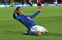 BOGOTA - COLOMBIA -09 -05-2015: Rafael Robayo, jugador de Millonarios, celebra el gol anotado al Deportivo Independiente Medellin, durante partido entre Millonarios y Deportivo Independiente Medellin,  por la fecha 19 de la Liga Aguila I-2015, jugado en el estadio Nemesio Camacho El Campin de la ciudad de Bogota.  / Rafael Robayo, player of Millonarios celebrates a scored goal to Deportivo Independiente Medellin, during a match between Millonarios and Deportivo Independiente Medellin, for the date 19 of the Liga Aguila I-2015 at the Nemesio Camacho El Campin Stadium in Bogota city, Photo: VizzorImage / Luis Ramirez / Staff.