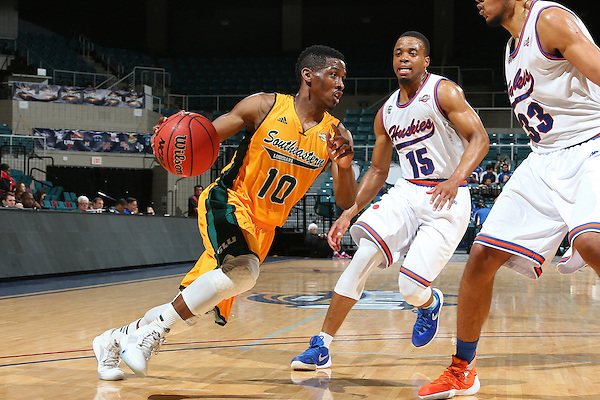 KATY, TX - MARCH 10:Southeastern Louisiana v Houston Baptist at Merrell Center in Katy on March 10, 2016 in Katy, Texas.(Photo Rick Yeatts)