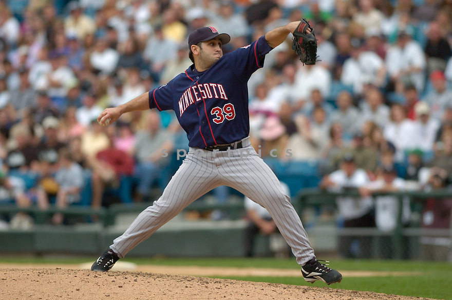 Juan Rincon, of the Minnesota Twins, during their game against the Chicago White Sox on April 23, 2006 in Chicago...Sox  win 7-3..David Durochik / SportPics
