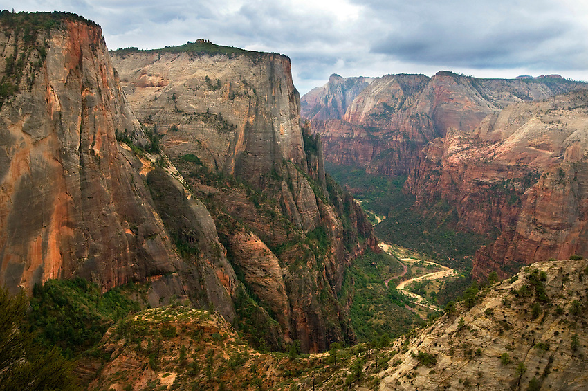The 4 mile hike to Observation Point is chock full of lofty views into Zion and Echo Canyons.